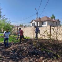 Сотрудники ГП «Инфоком» провели субботник на территории Дома-малютки и дома престарелых